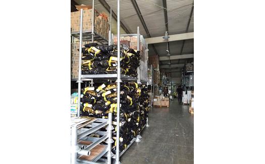 Find zero maintenance stackable steel racks here